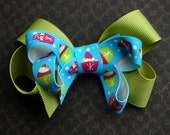 SALE - Stacked Boutique Bow - Cupcake - Winter - Birthday