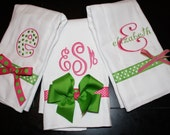 Personalized Monogrammed Burp Cloth SET of 3