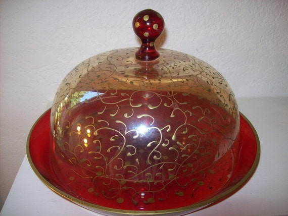 Vintage Red Gold Glass Hand Painted Round Cake Dessert Food Cheese Pastry Covered Dish Plate Made In Romania