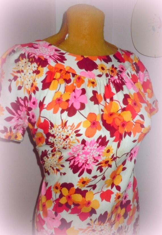 20 Dollar SUPER SALE Pretty in PINK -- Vintage 1960s 1970s Barkcloth Hawaiian  Tiki Dress -- Rockabilly - Exotica