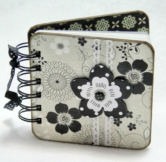 Polka Dot Flower Mini Gratitude Journal, black and white flowers