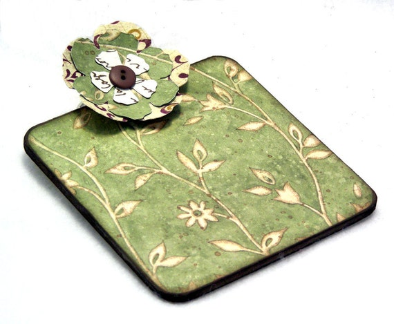 Ivory Blooms Post-it Note Mini Clipboard with pad, 2-sided, cream, moss green