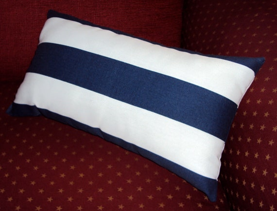 16x9 Navy Blue and White Indoor Outdoor Stripe Lumbar Pillow Cover