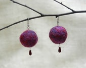 Felt Berry earrings in purple and red