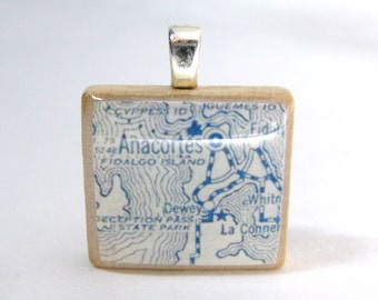 Anacortes, Washington - 1925 vintage Scrabble tile map pendant