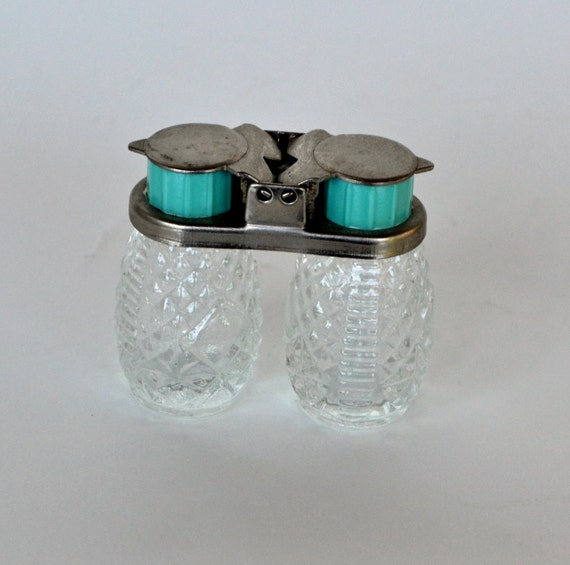 Vintage Glass Travel Salt And Pepper Shakers Decorative Cut