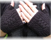 Linda Knit Fingerless Gloves