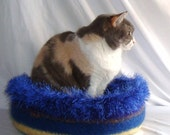 Hand Knit Felted Cat Napper Cat Bed - Desdemona