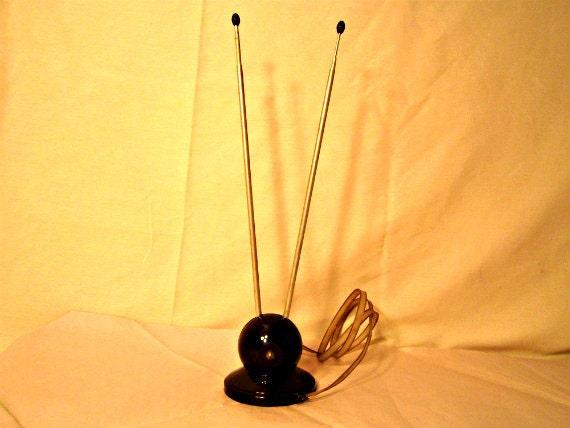 TV Antenna Rabbit Ears Style