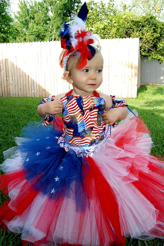 Beautiful Patriotic 4th of July. Corset top, Arm Sleeves, Hairclip, 3 tiered VERY full skirt. Size 12m-5T