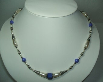 BLUE Fiber Optic Cats Eye and Lapis Howlite With Pearls