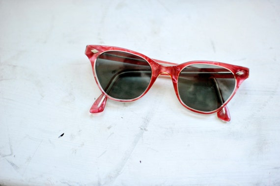 Vintage Clear and Red Made in France Cat Eye // Wayfarer Sun Glasses
