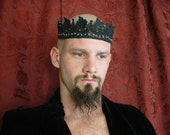 King's Crown in Black GrapeVine Lace