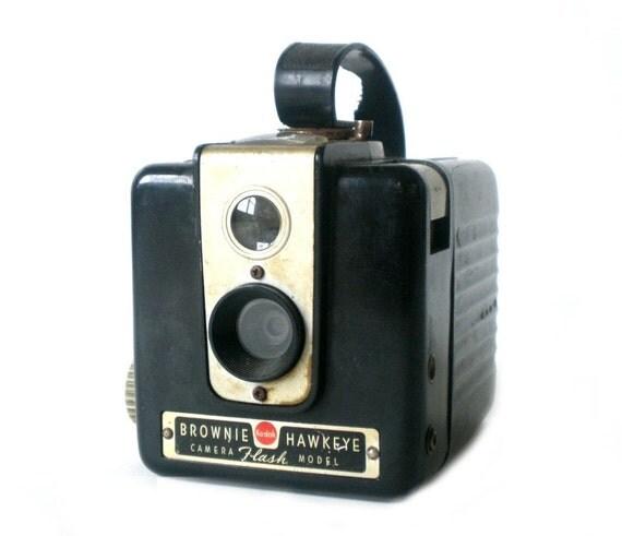 brownie camera kodak brownie hawkeye vintage flash camera. Black Bedroom Furniture Sets. Home Design Ideas
