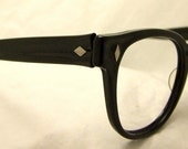 Mad Men Era Eyeglasses  Geekish  1950s 60s Buddy Holly watch out,