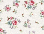 3 Yards of Excellent Romantic Shabby Floral in WHITE Linen, U1966