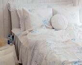 5 Yards of Irish Blue Bouquet Washing White Ivory Linen WIDE 135cm, U2794