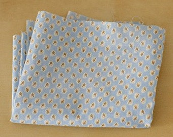 A Yard of White Floral on Skyblue Cotton WIDE 145cm, U1547