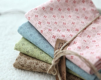 Antique Style Floral Cotton Fat Quarter Set of 4, U2210