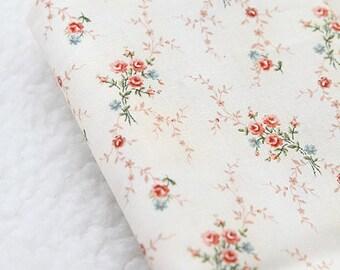 Hometown Petit Floral on Ivory Cotton, A half Yard, U2655