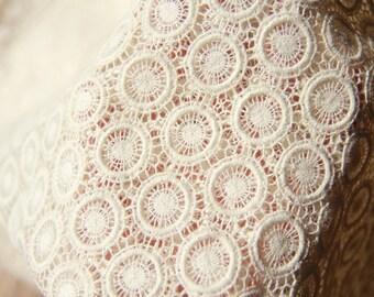 Graceful SMALL Circle Lace Cotton, U2862