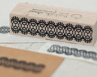 Torsion Lace Stamp, U2942