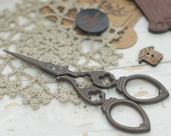 Antique Bronze Style Scissors, U3053