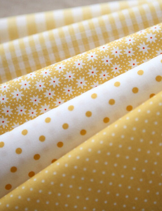 EACH A Half yard, YELLOW Floral, dots, and check Cotton. Set of 5, U2440