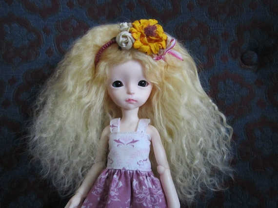 """Cute Light Yellow mohair wig for Imda petite Modigli / Bambicrony Judy / other doll with 6"""" head"""