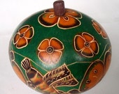 Hummingbirds and Flowers carved gourd box (green)