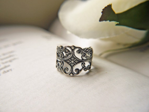 Victorian Gothic Antique Silver Filigree Ring Elegant And Sophisticated Adjustable Ring