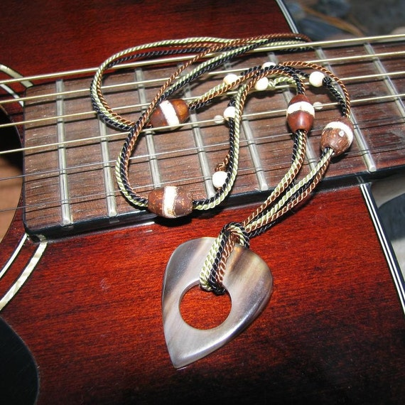 GP Jammin Guitar Pick Necklace