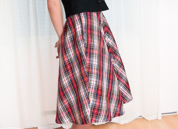 Sale - 1940s Skirt - Vintage 40s Taffeta Red Plaid Skirt - M