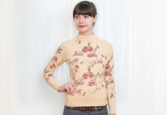Vintage 1960s Sweater - 60s Sweater - Spring Floral Sweater - XS / S