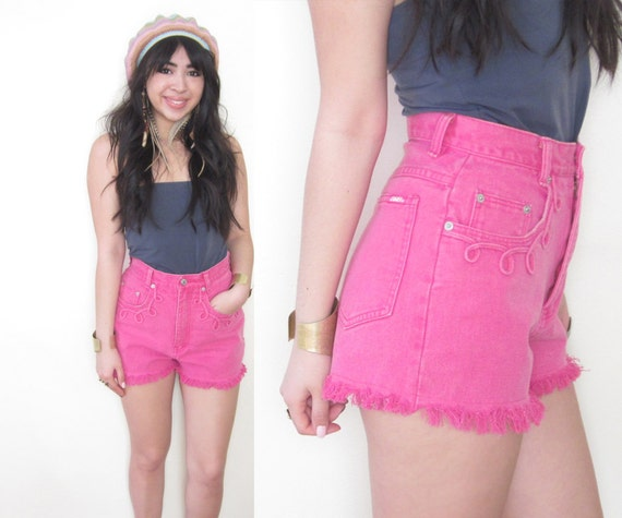 Vintage Pipe Detailed Rodeo Western Hot Pink Fringe Cut Off Shorts XS S 26 Waist