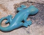 Gecko Lizard -- Huge -- in Blue Matte Glaze -- Fantastic Color