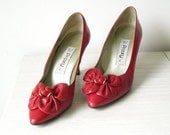 Reserve for  Lonivintage  - 1980s Read Pumps by Proxy TM