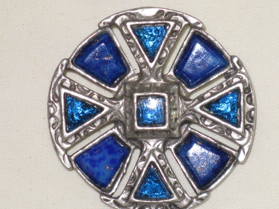 MIRACLE Blue Stone Celtic Cross Brooch/Pin (B-1-5)