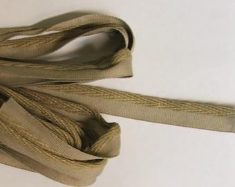 Tan 1/4 inch decorative flat cord with lip