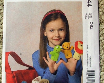 McCall's Crafts M4944 Finger Puppets and Tote Bag
