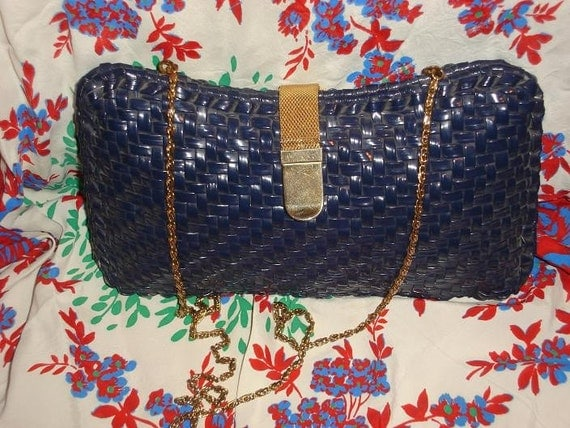 Vintage Navy Basket  Purse with Long Chain Strap Cute For Spring and Summer Nautical Resort Classic Styling
