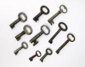 Vintage Skeleton Keys Set of 10