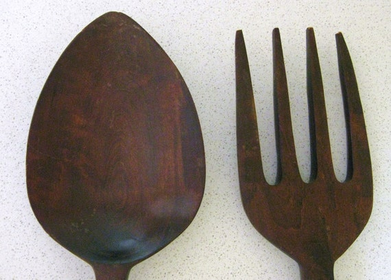 large wooden fork and spoon wall decor 28 inches long. Black Bedroom Furniture Sets. Home Design Ideas