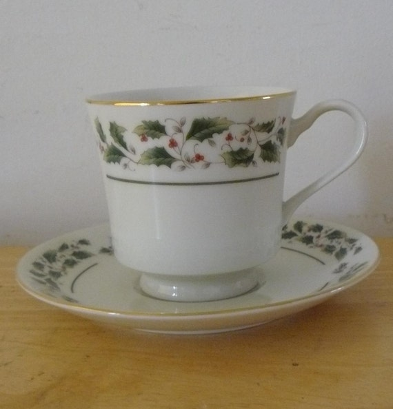Pretty Christmas Holly Coffee Cup and Saucer-Made in Japan