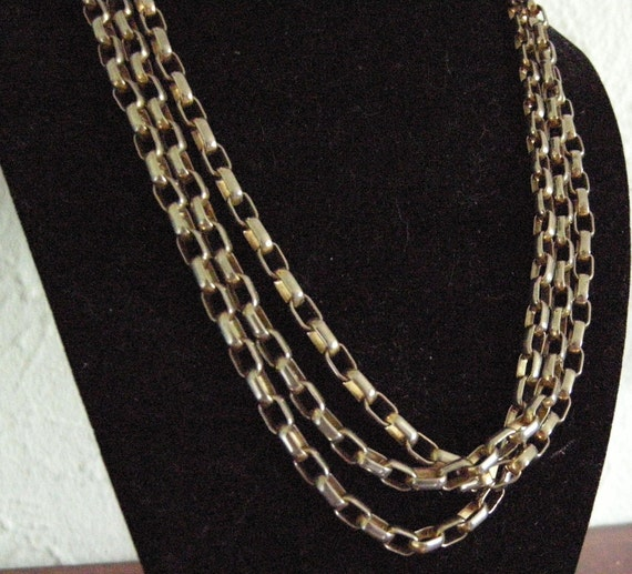 Beautiful Vintage Gold/Silver Tone Long Chain
