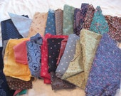 2lbs of vintage fabric scraps and yardage