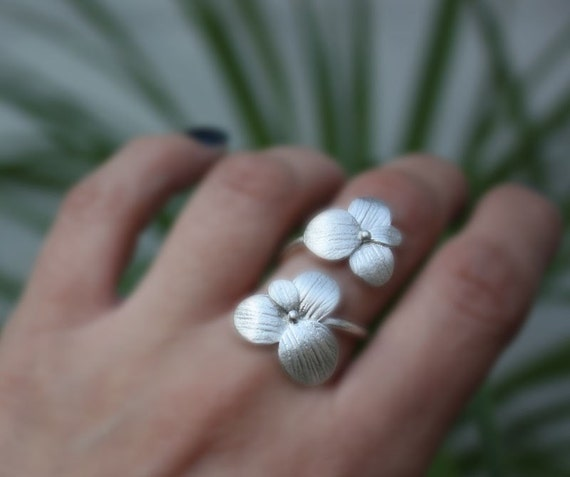 Two blossoms flower ring,sterling silver,handmade,adjustable.