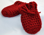 Baby Thumbless Mittens in size 0 to 6 months or 6 to 12 months