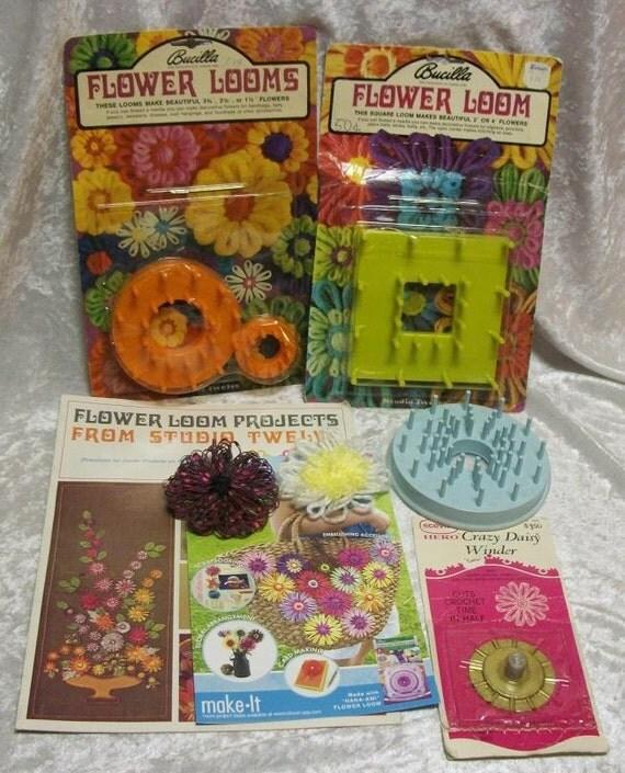 Vintage Bucilla Studio Twelve Flower Looms Crazy Daisy Winder