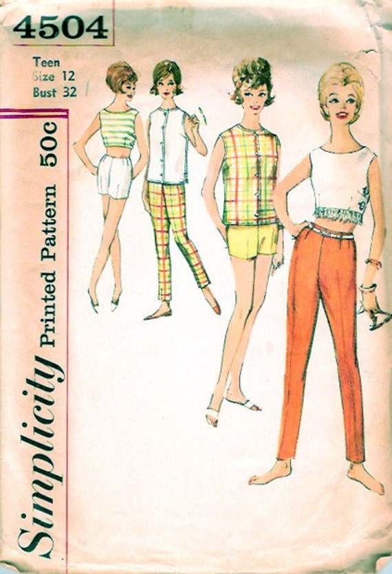 Vintage 60s Pattern Side Button Crop Top Shorts and Pants Summer Fashion Simplicity 4504 XS 32 bust